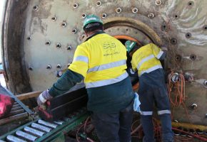 Installing new mill liners on ball mill