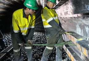 SRS reliners installing liner inside ball mill